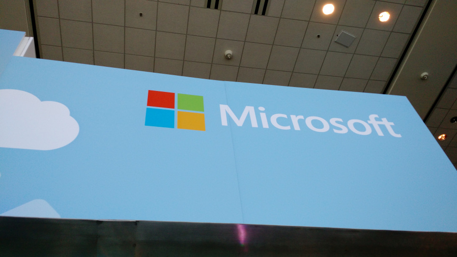 Microsoft Launches Translator App For iOS & Android With Wearable Support